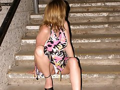 8 pictures - search free upskirt voyeur pictures